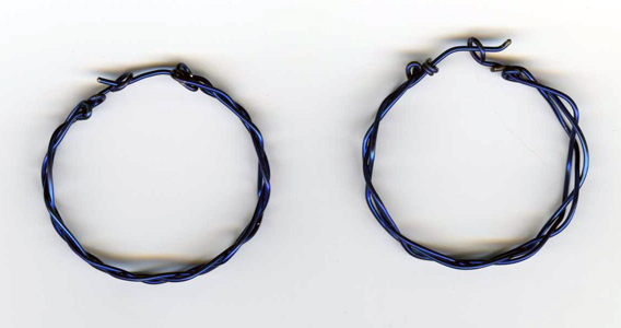 braided niobium hoops