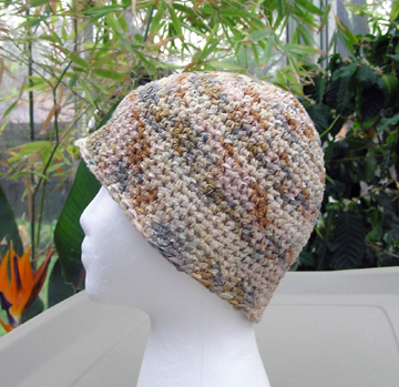 Chamois ribbon crochet hat