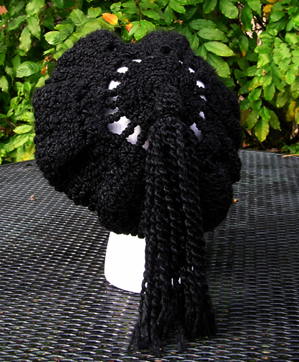 Custom Crochet Beret in black view 3