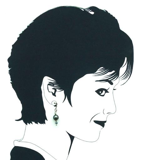 hypoallergenic black pearl earrings