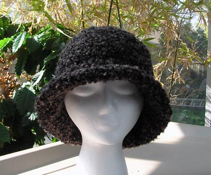 custom Sweet Home Alabama crochet hat in boucle yarn