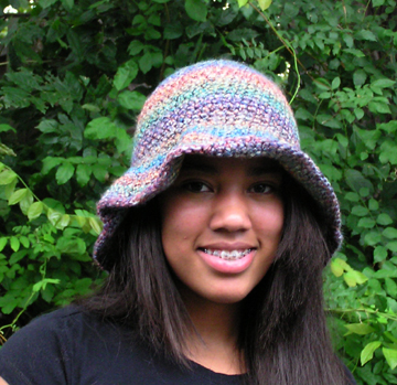 wide brim crochet hat